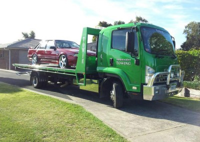 Tow truck picking up a car in Mt Gambier